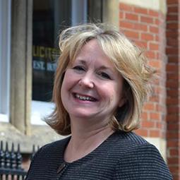 Kay Donalson BA (Hons)